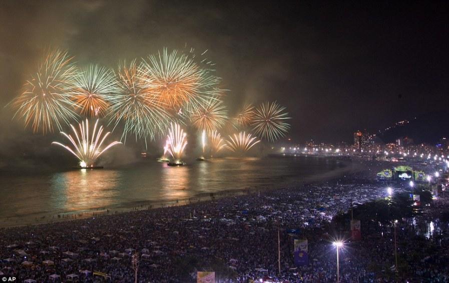 Фейерверк в Рио-де-Жанейро