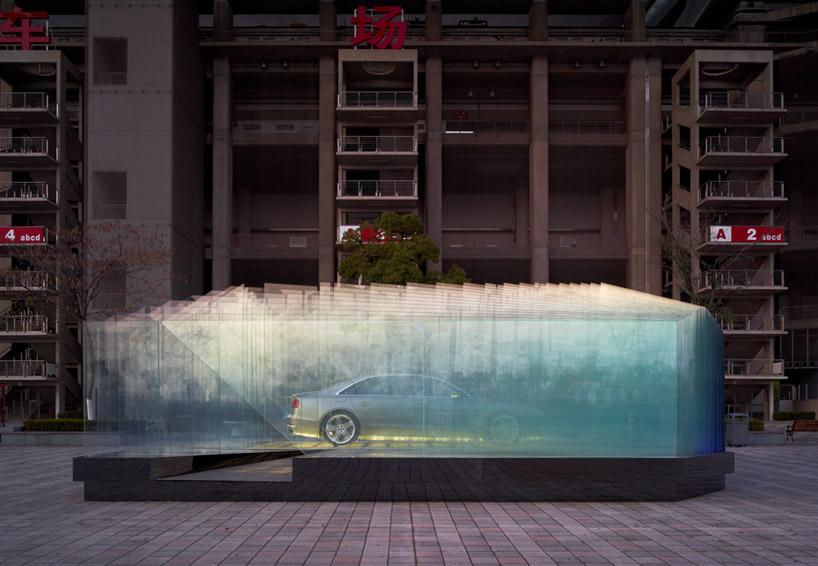 Инсталляция перед AUDI - ателье