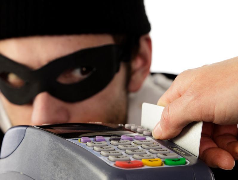 Кредитные карты в опасности