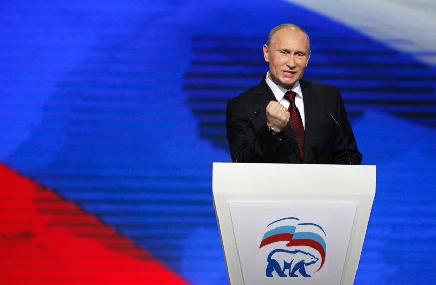 У Прохорова пока нет реальной политической власти, как у Путина, тем не менее на Премьера это оказывает давление