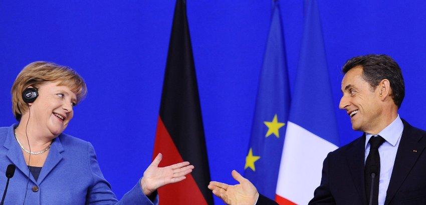 Меркель и Саркози на совместной пресс-конференции в октябре 2011 года