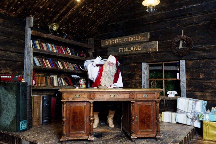 Настоящий Дед Мороз в Лапландии заканчивает последние приготовления