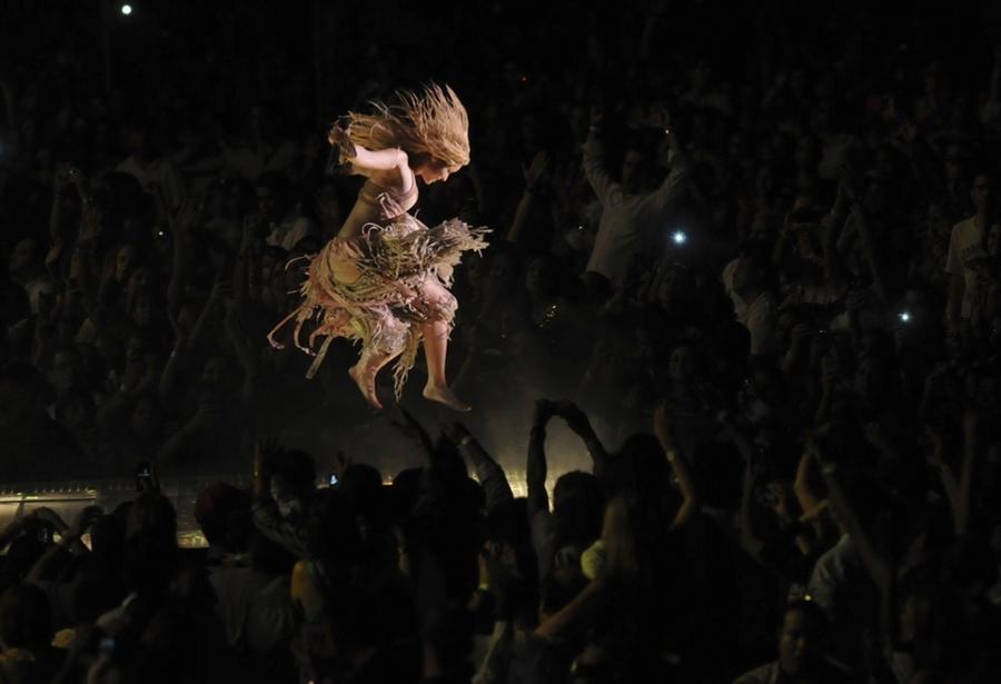 Выступление Шакиры в Санто Доминго в марте месяце