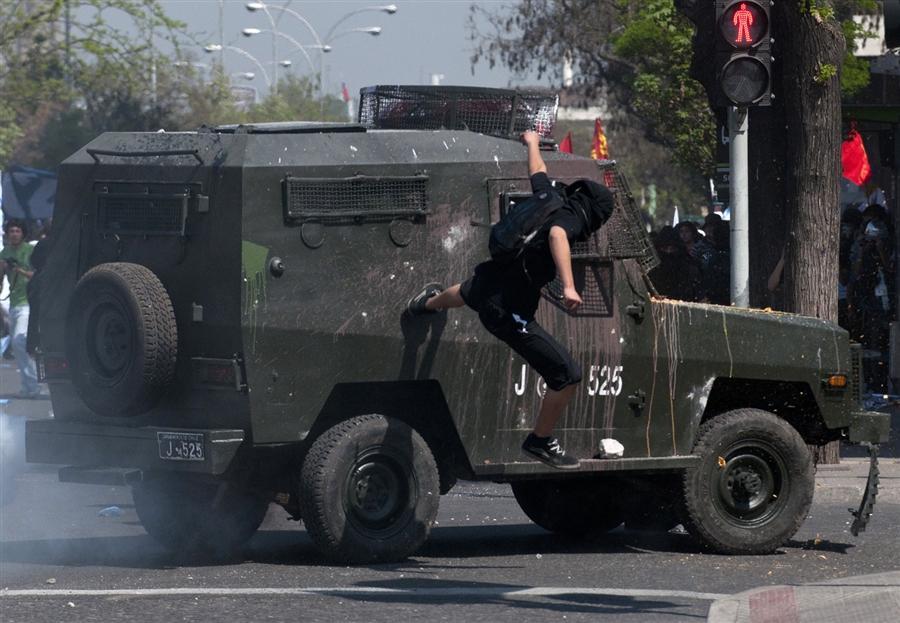 Чилийское столкновения студентов с полицией, в сентябре в Сантьяго