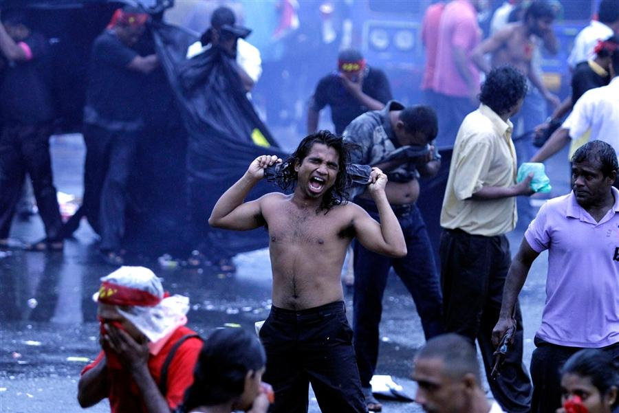 Столкновения студентов с полицией в Шри-Ланка, 30 ноября