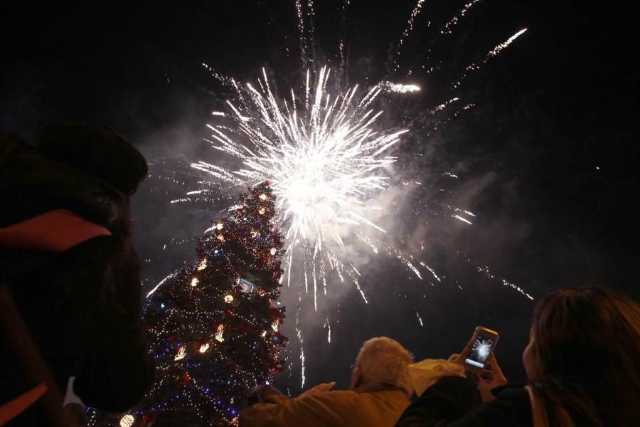 Открытие рождественской елки в центре Софии в Болгарии