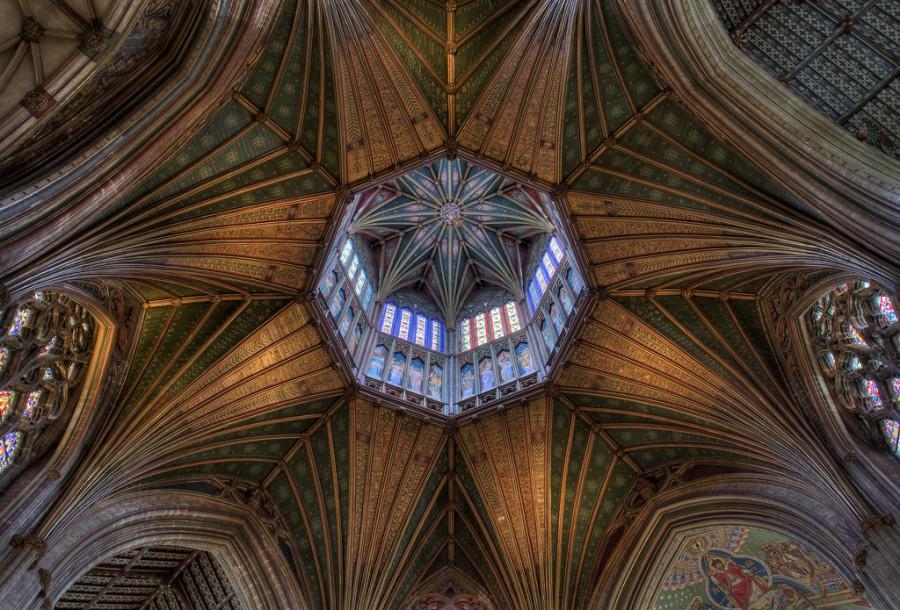 Восьмиугольный купол кафедрального Собора Эли в Кембриджшире, построен Вильгельмом Завоевателем в 1340 году, фотограф Эндрю Шарп