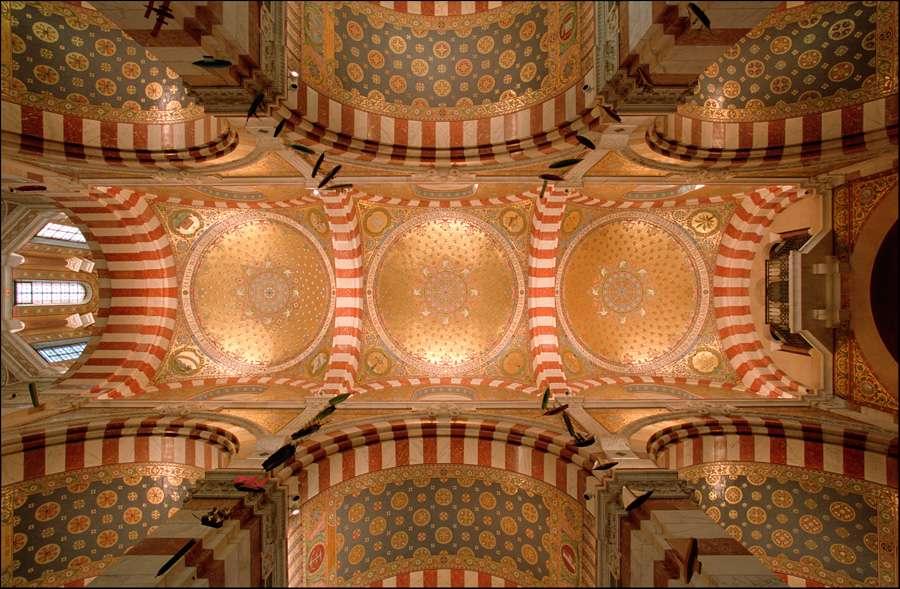 Нео-византийская базилика Нотр-Дам де ля Гард в Марселе, 1853-1864 годы, фотограф Ксавье де Яр