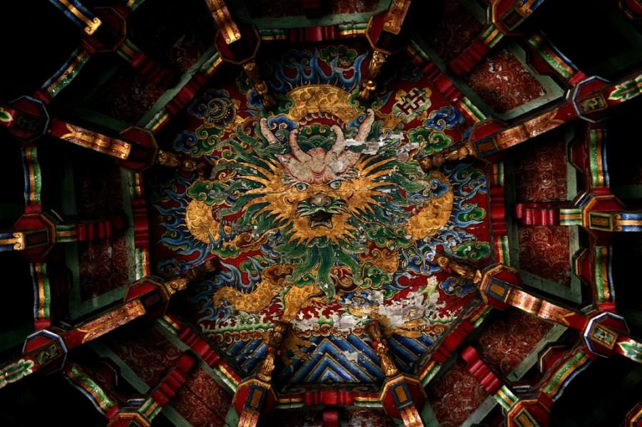 Красочный Дракон в Храме Lungshan, Тайвань, фотограф Тимоган