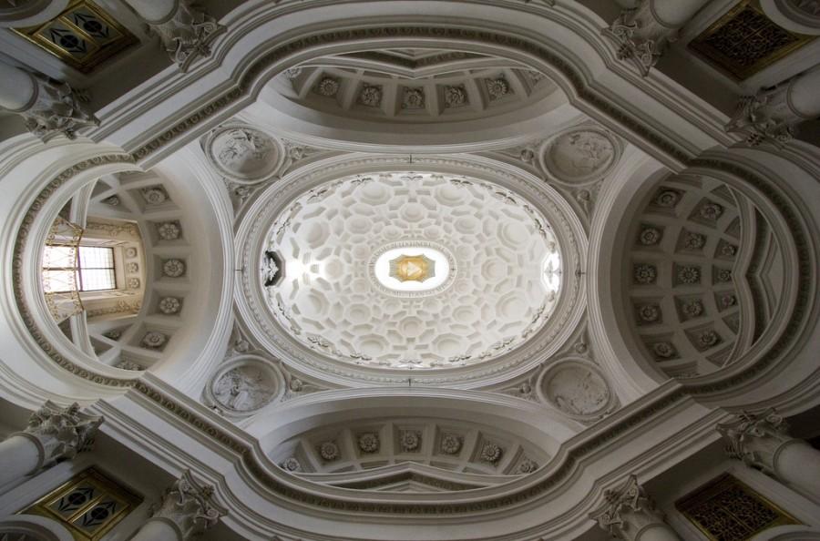 Купол Сан-Карло в Риме, шедевр Борромини, строение относится к 1638 году, фотограф Лоуренс