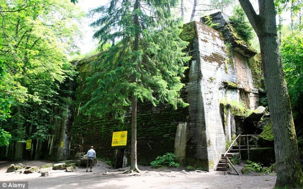 Волчье логово - секрет Гитлера, глубоко в сердце леса на северо-востоке Польши