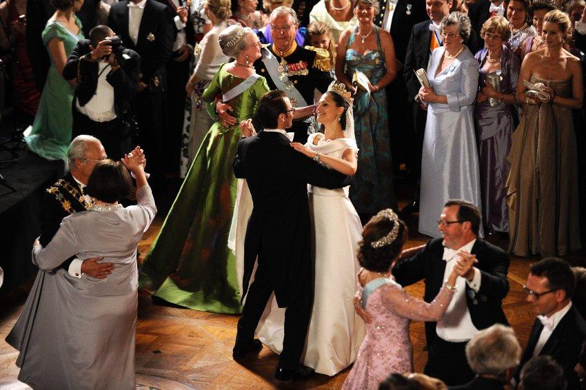 19 Июня 2010 года будущая Королева Швеции вышла замуж за фитнес-тренера Даниэля Вестлинга. Это была одна из самых романтичных свадеб за последние годы