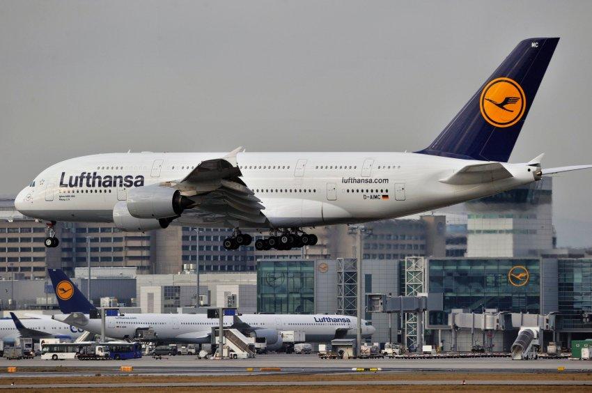 Проблемы с крыльями были обнаружены и у самолетов компании Lufthansa