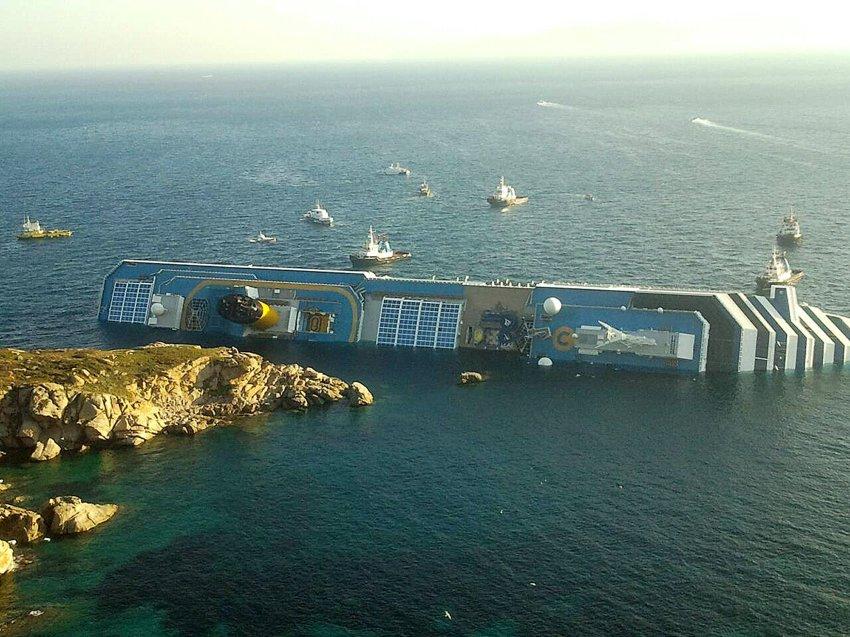 Вид на корабль с воздуха