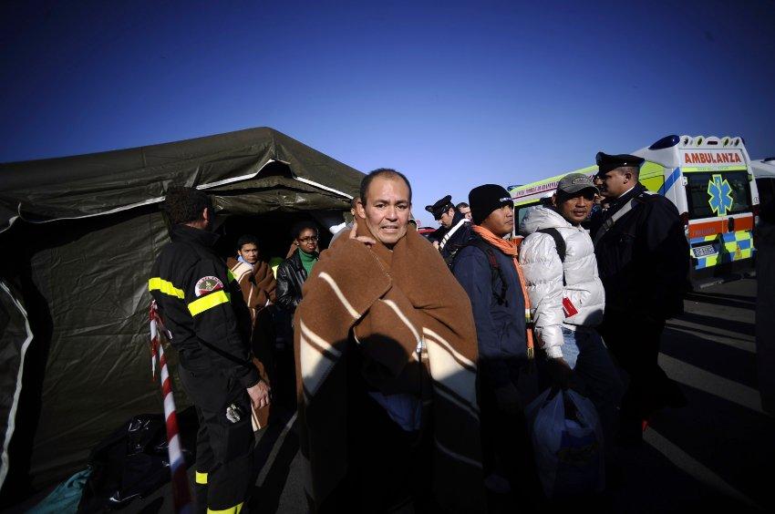 Спасенные пассажиры  в Порто Санто Стефано