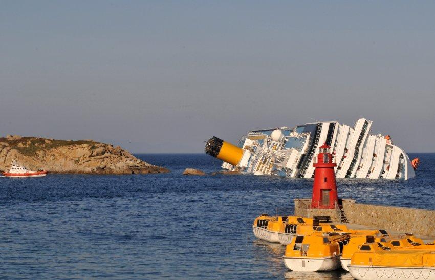 Роскошная поездка для 4229 пассажиров превратилась в кошмар