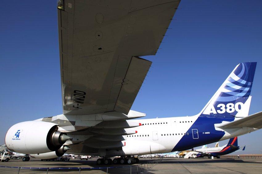Уже второй Airbus A380 имеет проблемы с трещинами на крыльях