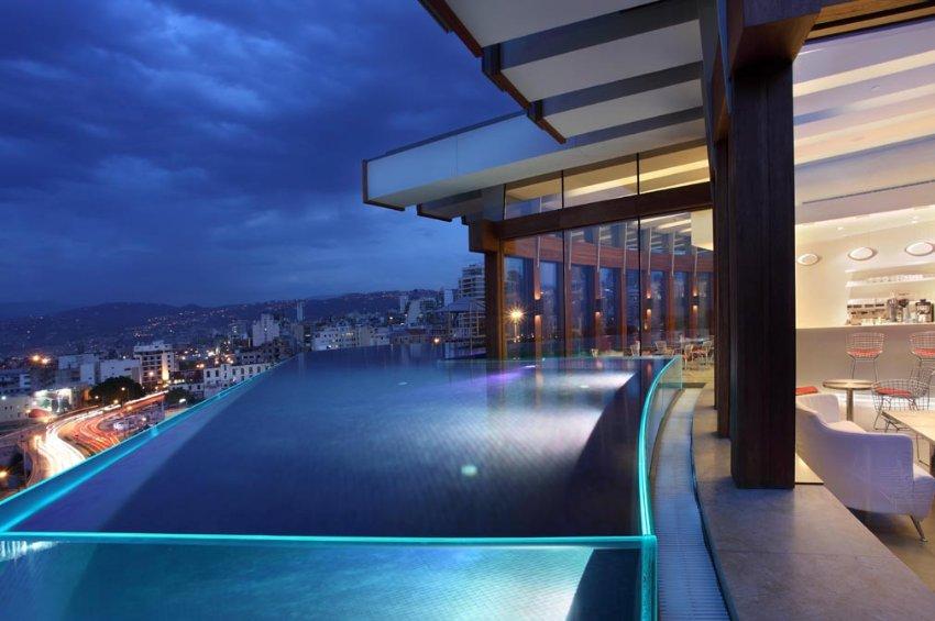 Ночь в Бейруте, Отель Le Gray