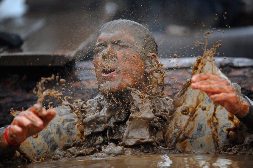 Tough Guy гонки в британском Пертон, считаются самым жестким вызовом для спортсменов