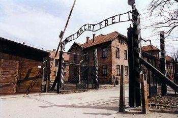 Молодые немцы ничего не знают об Освенциме