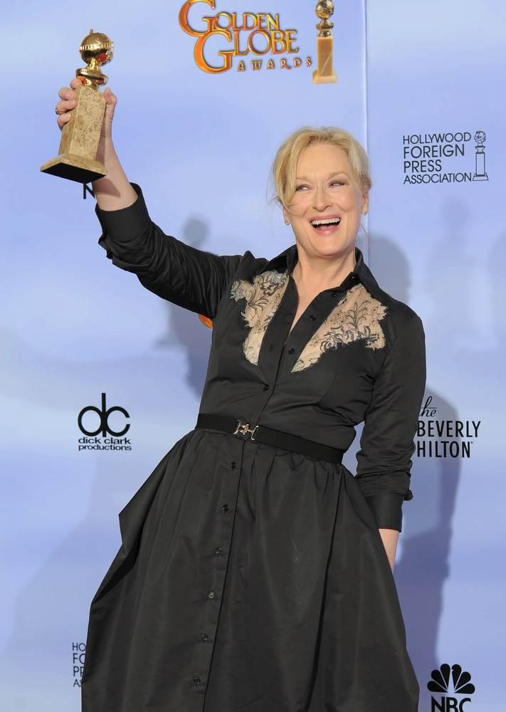 Мерил Стрип получила награду за лучшую женскую драматическую роль в кинофильме Железная леди