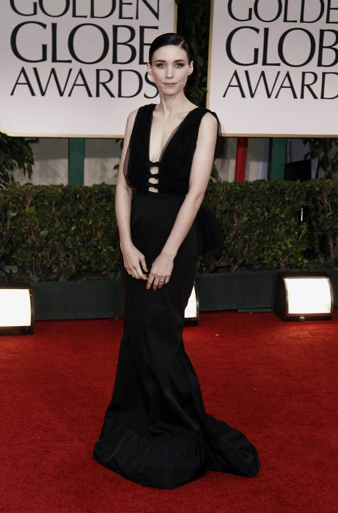 Rooney Mara в платье от Nina Ricci