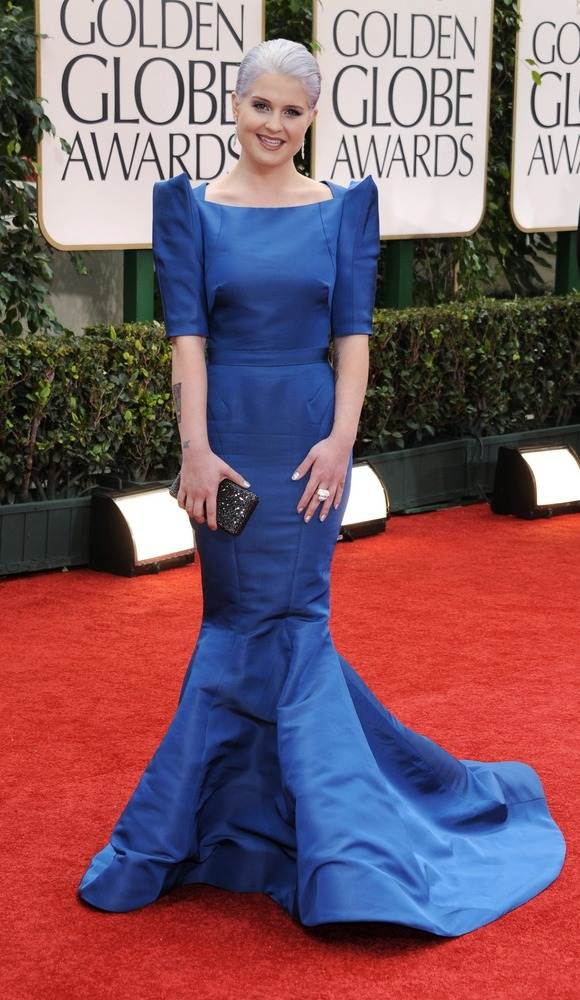 Келли Осборн в синем платье Zac Posen
