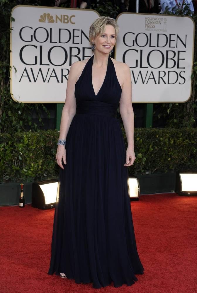 Джейн Линч в платье от Дэвида Майстера