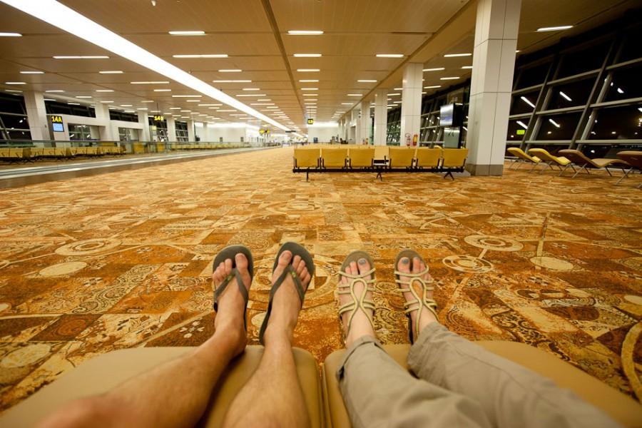 В ожидании рейса в Аэропорту Дэли
