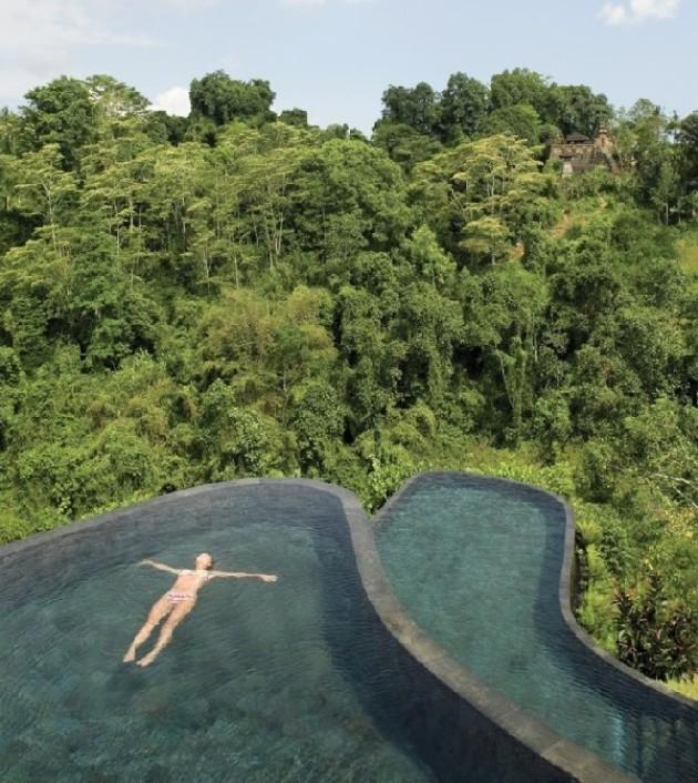 Многие отели попытались скопировать бассейн Дьявола, отель Ubdub Hanging Gardens на Бали