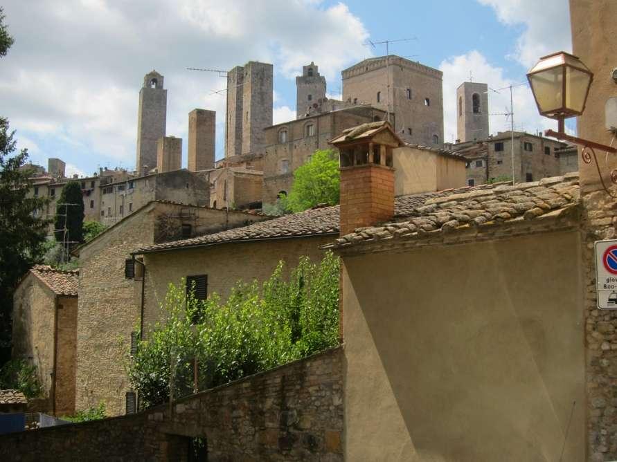 Город Сан-Джиминьяно в Тоскане