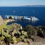 Costa Concordia находится рядом с кладбищем кораблей