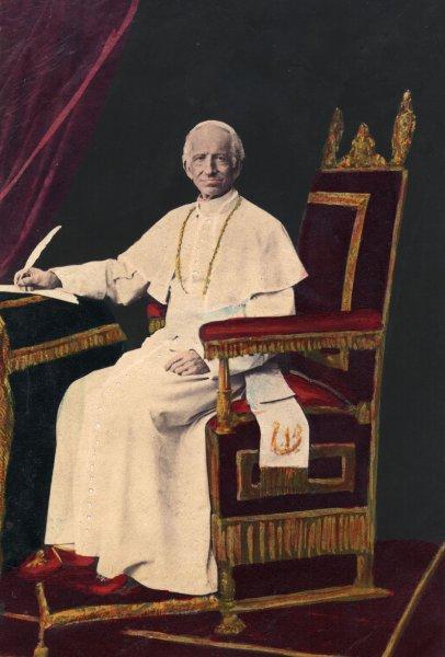 Папа Leo XIII, открыл Архив в 1880 году для исследования