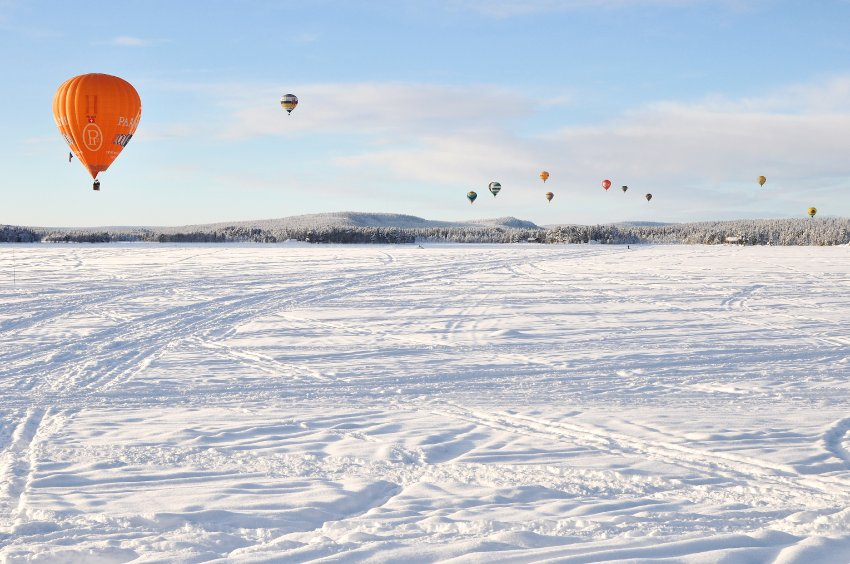 Полеты на воздушном фестивале в Швеции