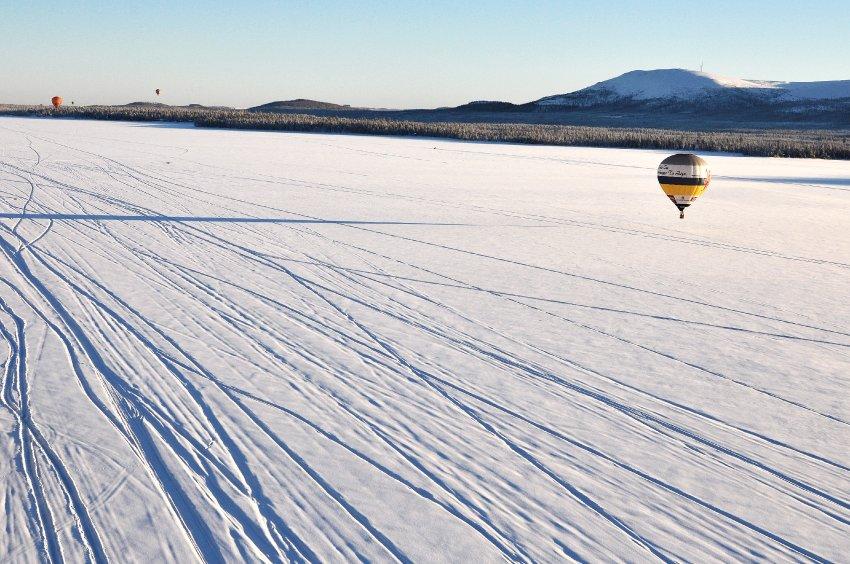 Заснеженные белые равнины Швеции