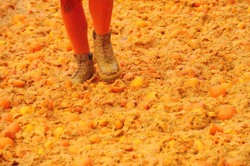 Апельсиновое покрытие улиц
