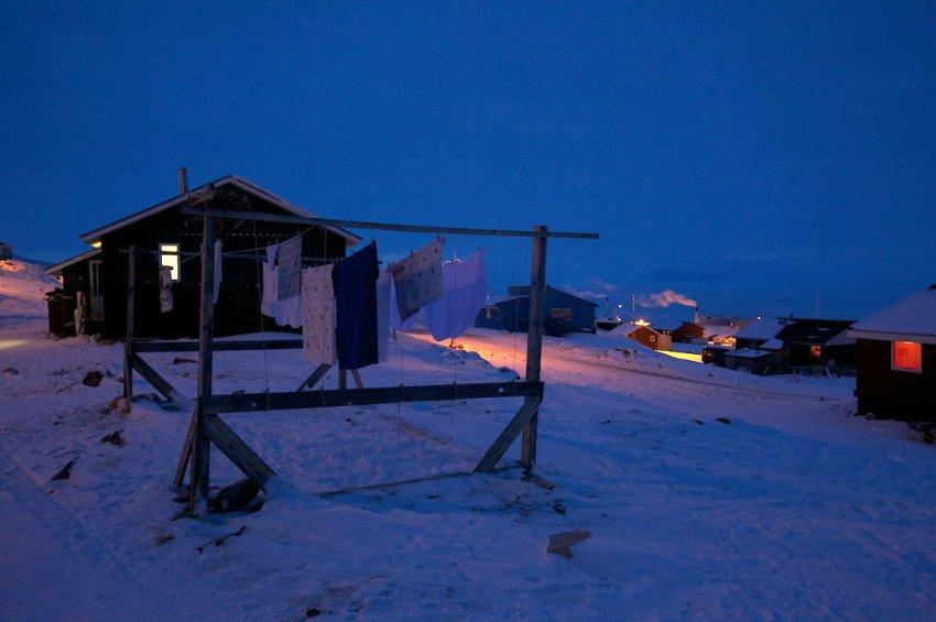 В Qaanaaq с октября солнце не всходит, температура, как правило, ниже минус 20 градусов