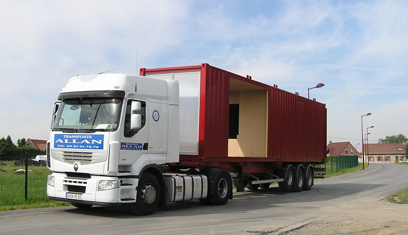 Доставка контейнеров к месту строительства