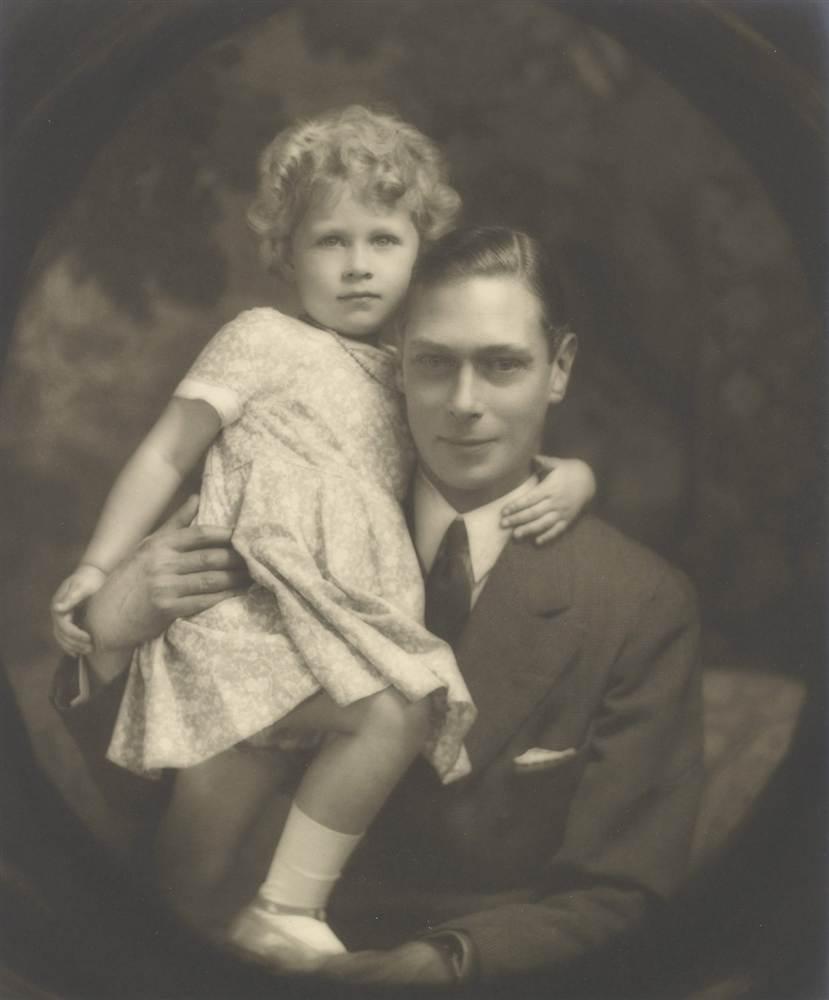 Альберт, герцог Йоркский и его дочь принцесса Елизавета в июле 1929 года