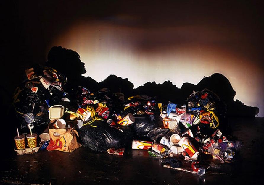 Неожиданные тени мусорных куч