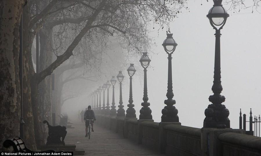 Туман в Лондоне, набережная Челси