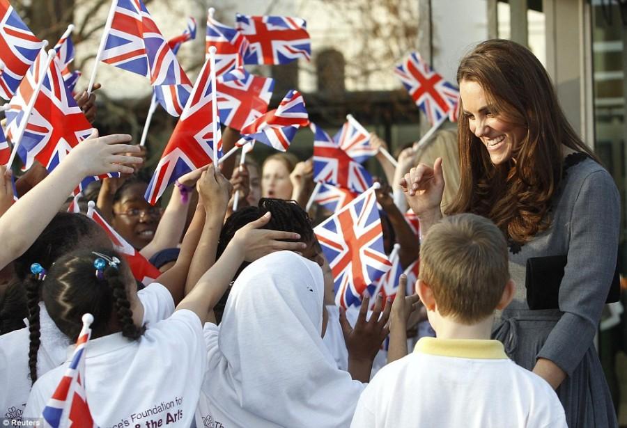Встреча Герцогини Кембриджской с юными художниками