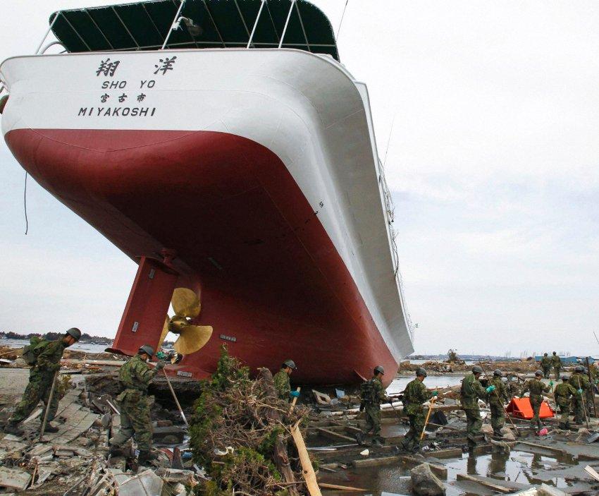Последствия цунами в Higashimatsushima