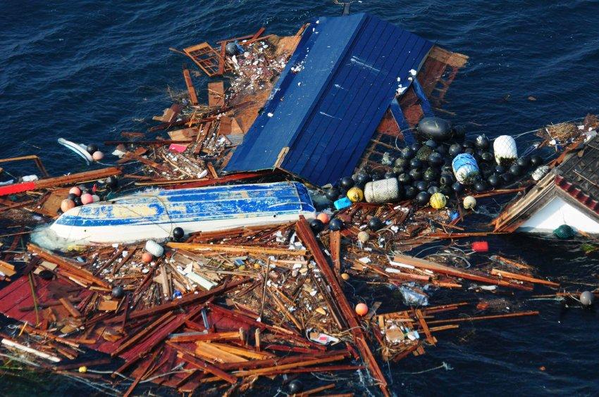 Японский мусор в Тихом океане