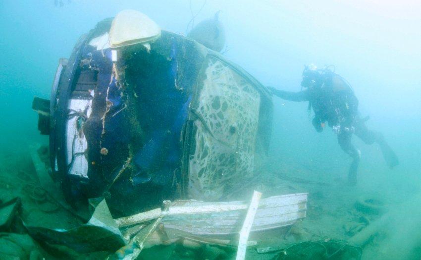 Часть японского мусора уже затонула в океане