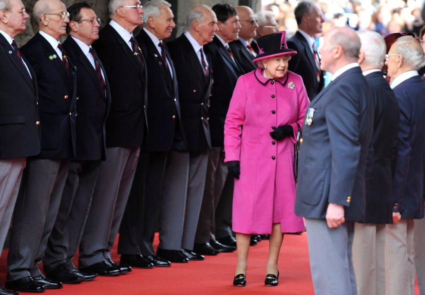 Внимая королеве Елизавете II, визит в Лестер