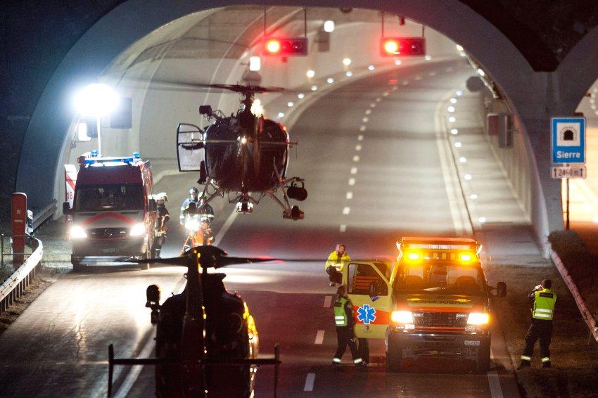 Спасательная операция в швейцарском туннеле