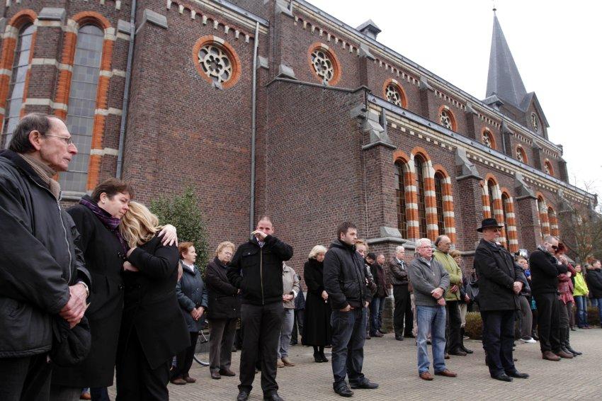 Ровно в 11 часов дня в Бельгии началась минута молчания