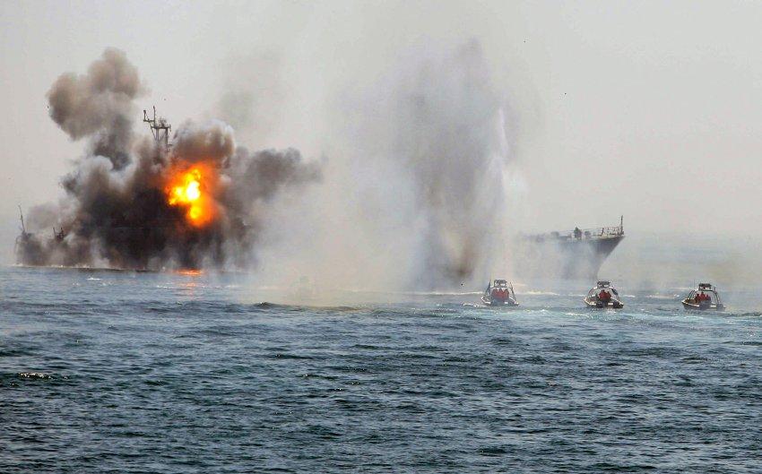 Иранские маневры в апреле 2010 года