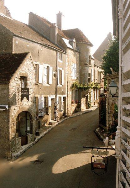 Везле одна из самых красивых деревень Франции